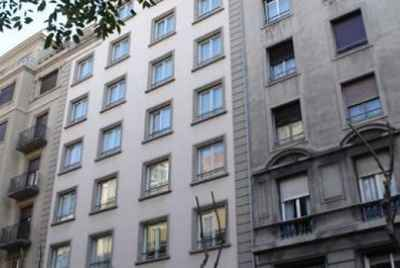 Apartment building in the center of Barcelona, close to Plaça Catalunya